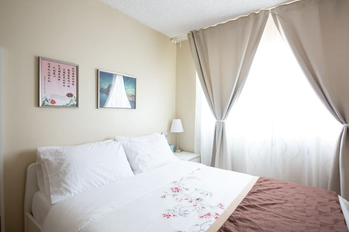 Nice room in Monterey Park