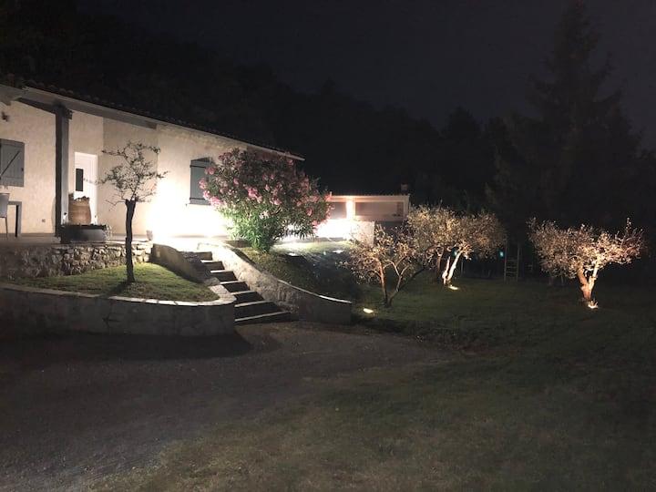 Maison entière Provençale à proximité de Sisteron