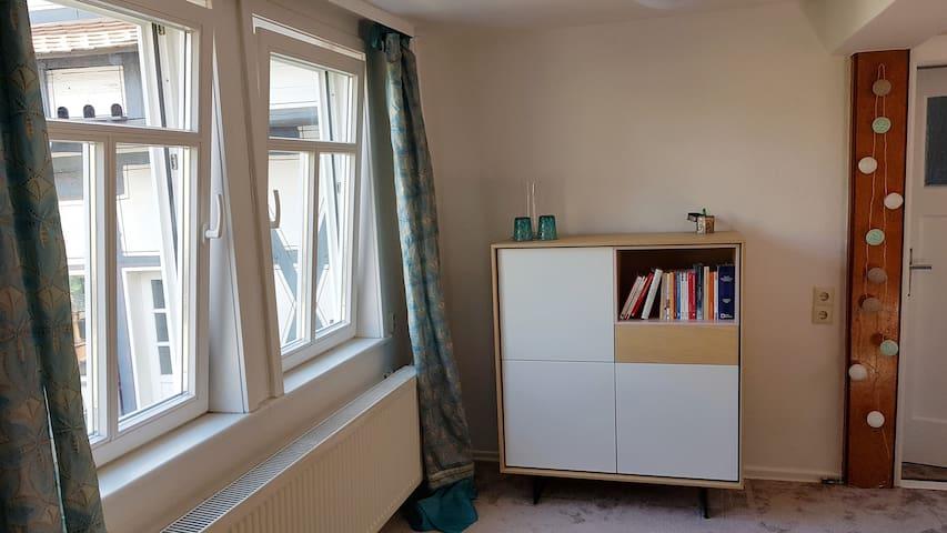 Helles Wohnzimmer zum Aufenthalt auch mal tagsüber