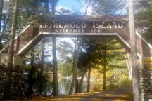 Entrance onto Blythewood Island