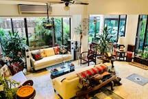 超赞デザイナー【峇厘度假风】Balinese Sanctuary美しい綺麗の森林别墅3minMRT!