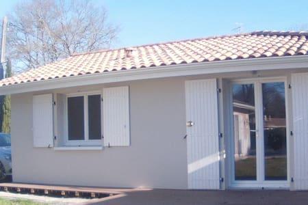 Maison 30 m2 proche bassin Arcachon - Mios - บ้าน