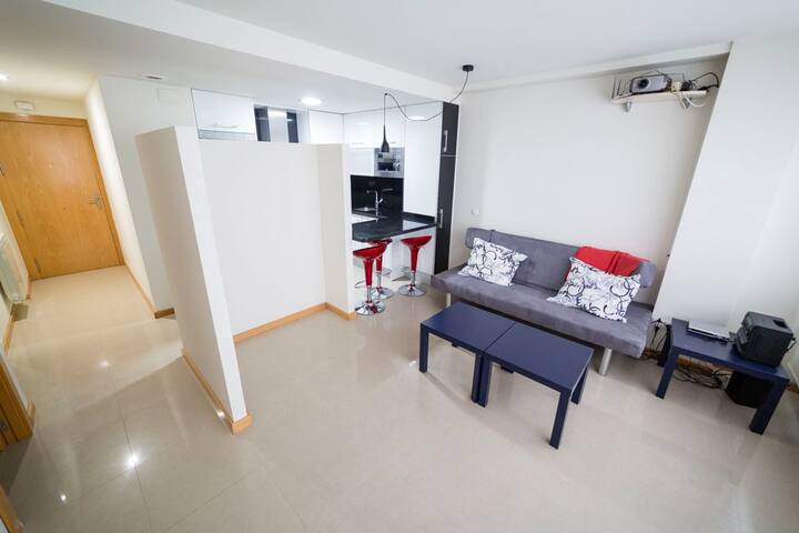 Estudio acogedor, zona tranquila. WIFI y Parking - Logroño - Apartment