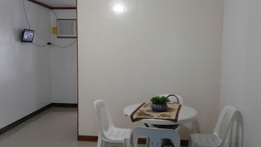 Condo unit at Kasambagan Cebu City with Kitchen