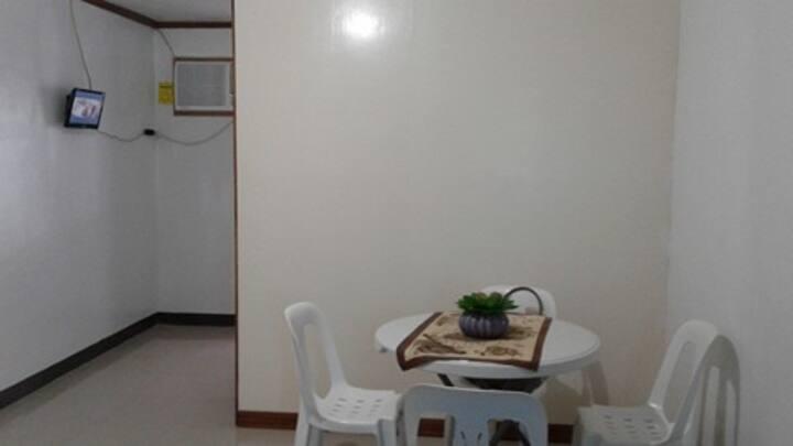 Condo unit at Kasambagan Cebu City with Kitchen