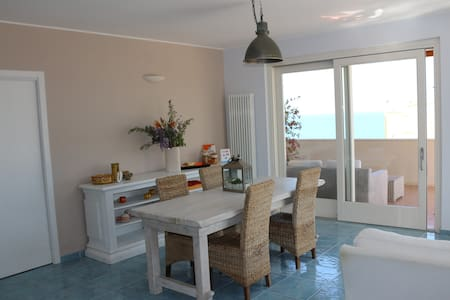 "MARE DENTRO - B&B - ""Sea Room"" - Crotone"