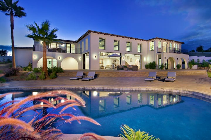 Palacio -A San Diego Luxury Mansion W/ Pool & Spa