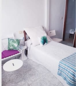 Pension airbnb concept #4 guardamar