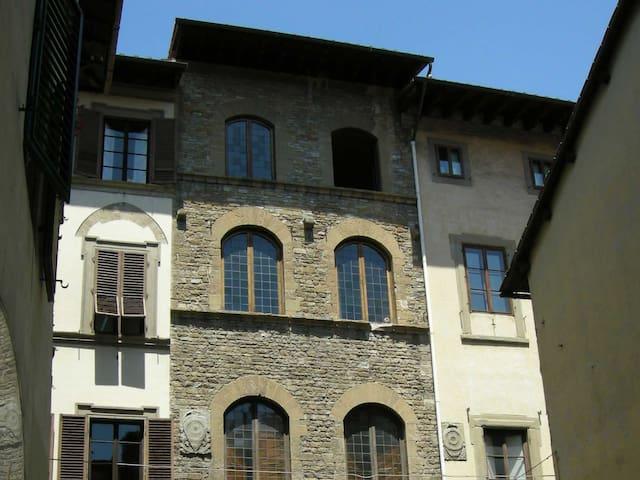 La Torre degli Albizi - Firenze - Bed & Breakfast