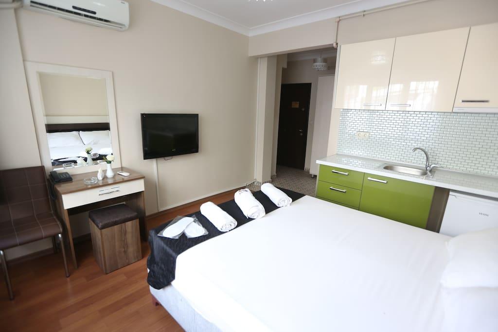 Queen Yataklı Oda & Queen Room