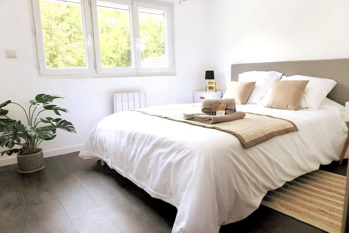 Voici votre chambre où vous pourrait profiter des premiers rayons de soleil...