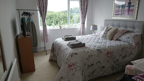 Room with a river view near Truro