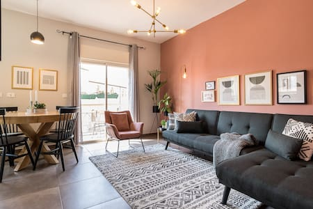 🟠 The Ruby | Lovely Renovated Central 2 BR