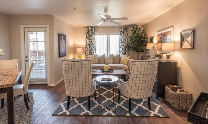 Cozy apartment for you   2BR in Scottsdale