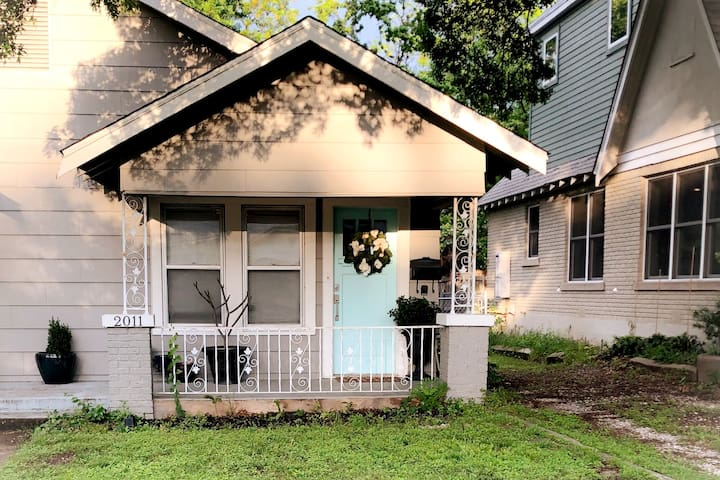 Tranquil 1 Bedroom close to Dickies Arena