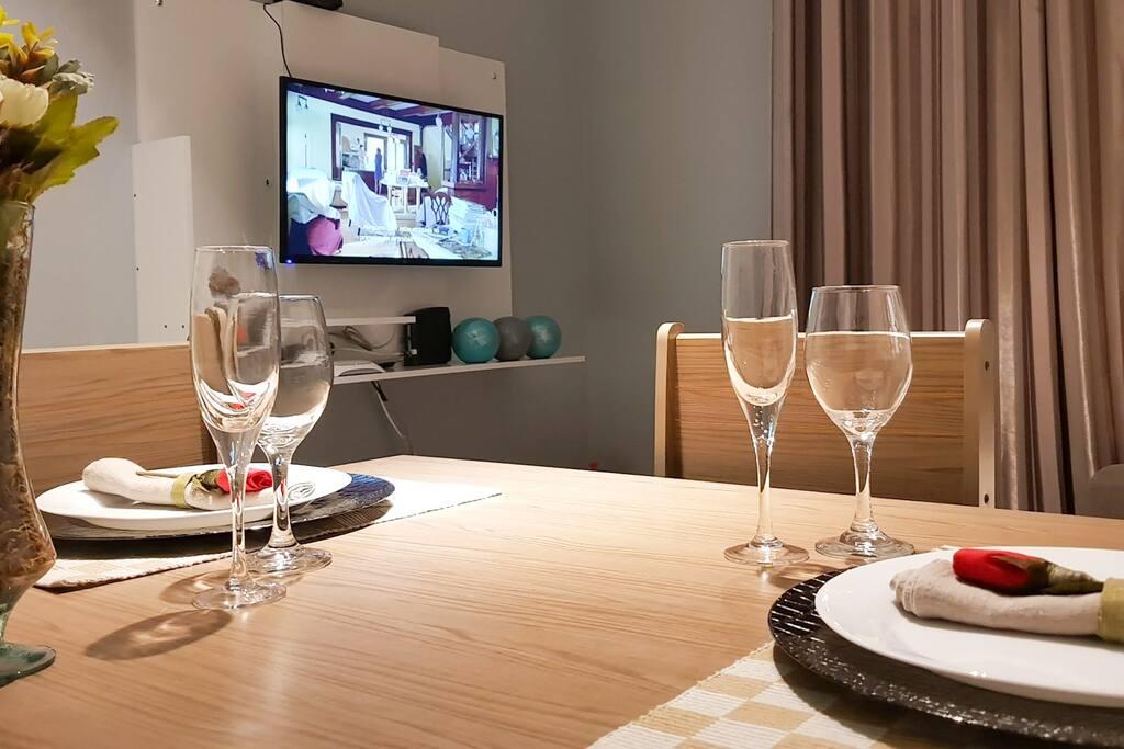 Apartamento com 30  m2, confortável, TV de 32'' (com Netflix), Wi-FI e muito mais.
