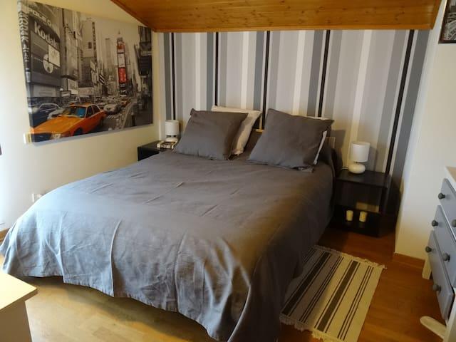 Chambre confortable dans grande maison calme - Portet-sur-Garonne - House