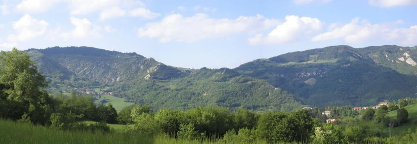 La Viola di Montagna - Villa di Casola