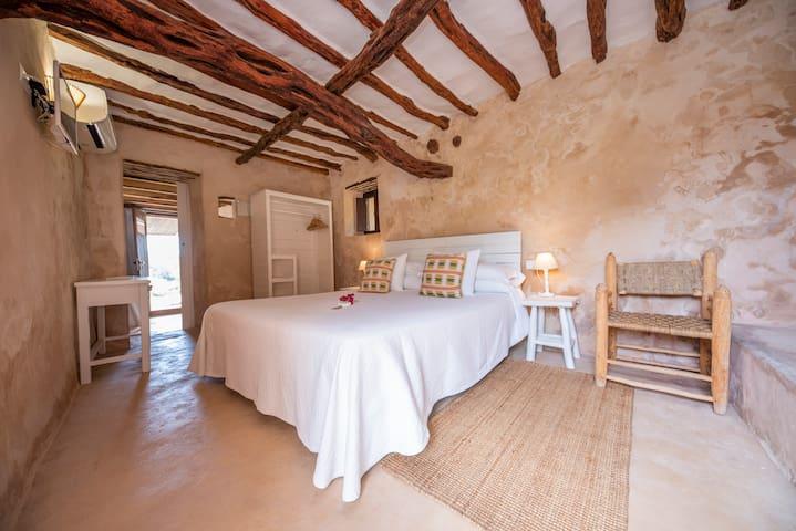Superior-terrace double room, Son Saura