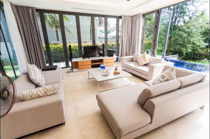 The Ocean Villa 3 bedrooms.