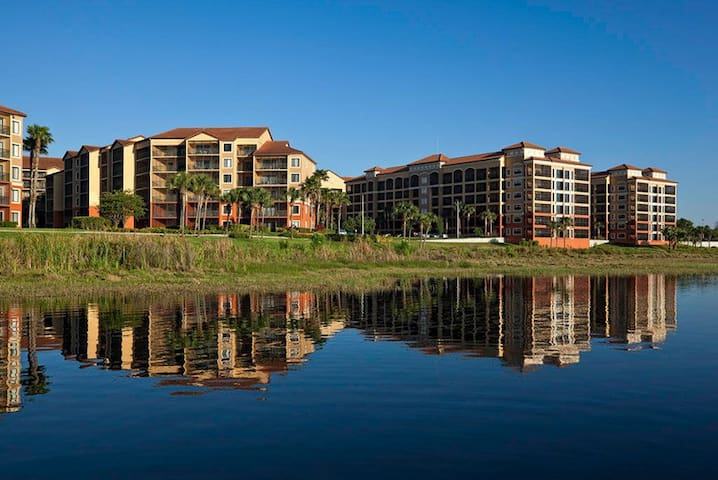 Westgate Lakes and Resort & Spa