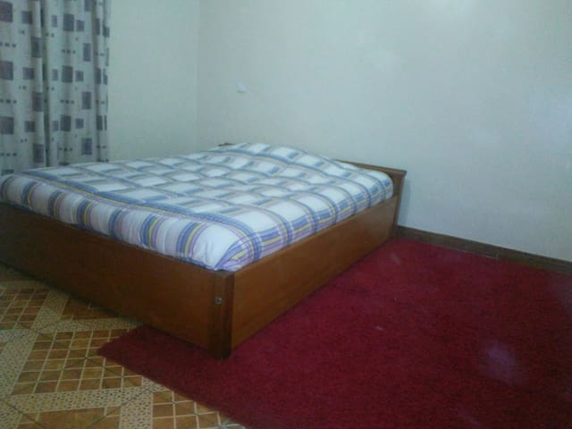 Private room in Ruaka, Old LimuruRd - Ruaka Town - Wohnung