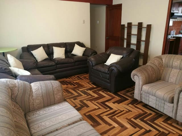 Private Ensuite in the Best Side of Town - Cusco - Apartemen