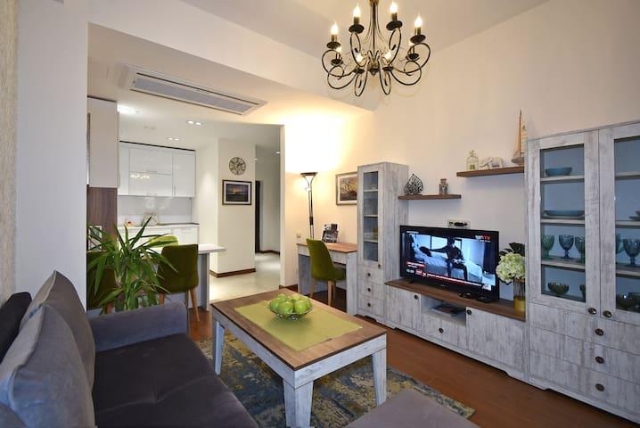Гостиная зона/Living room