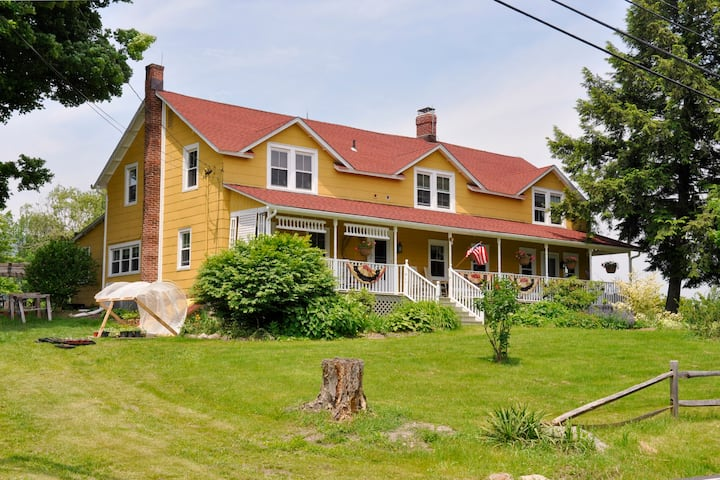 1796 Farmhouse in the heart of the Gunks