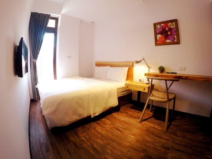 綠藤輕旅Lütel Hotel-八景島水族館 華泰名品城 新光影城-雙人套房A