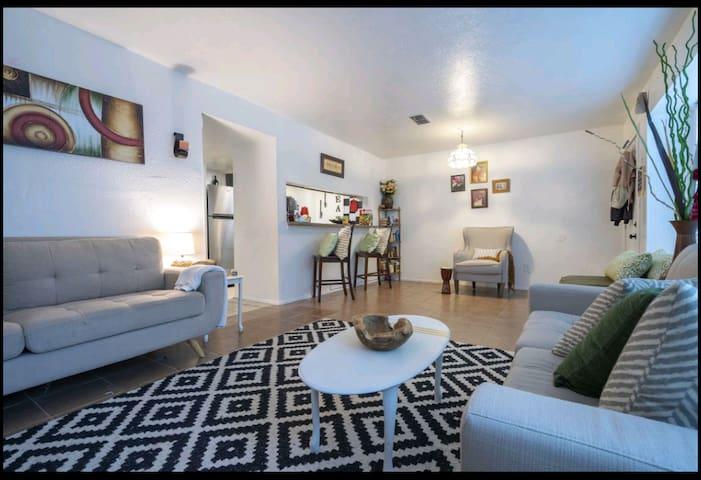 Entrance & living spaces