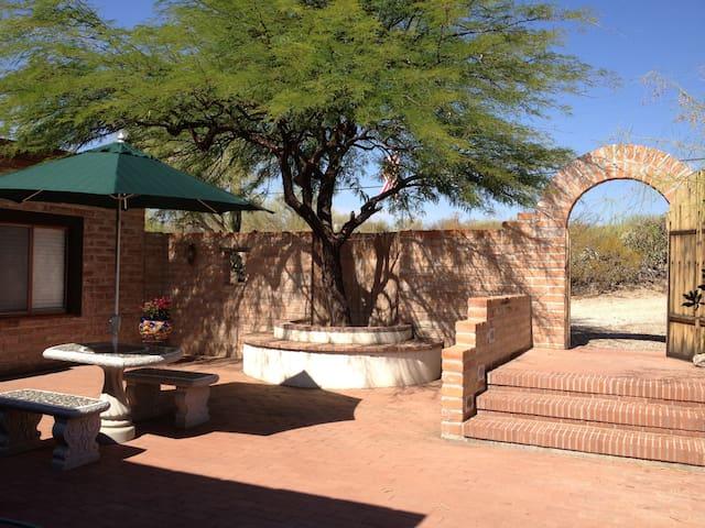 Desert Oasis Bed and Breakfast - Tucson - Bed & Breakfast