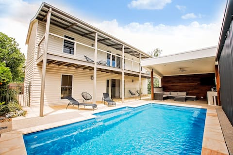 No. 92 - 4BR * 2 BA * Sleeps 10 * Pool