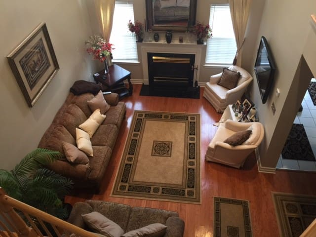 Beautifully furnished home in lovely Basking Ridge - Bernards - Townhouse