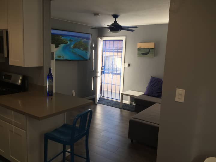 CLEAN and comfy in a very central location!