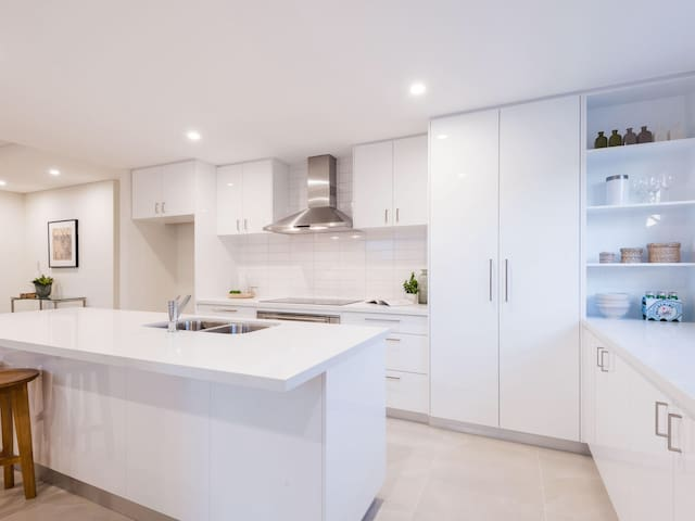 Doubleview in Style - Brand New Home