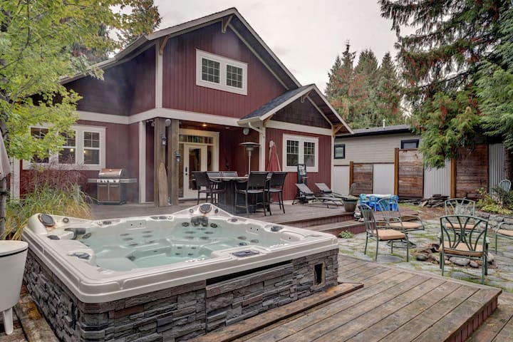 Hummingbird Creek Retreat