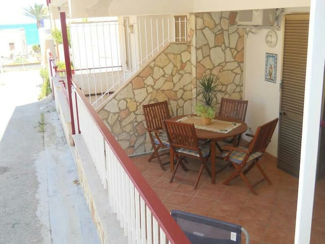 Casa Vacanze Alcamo Marina 200 metri dal mare