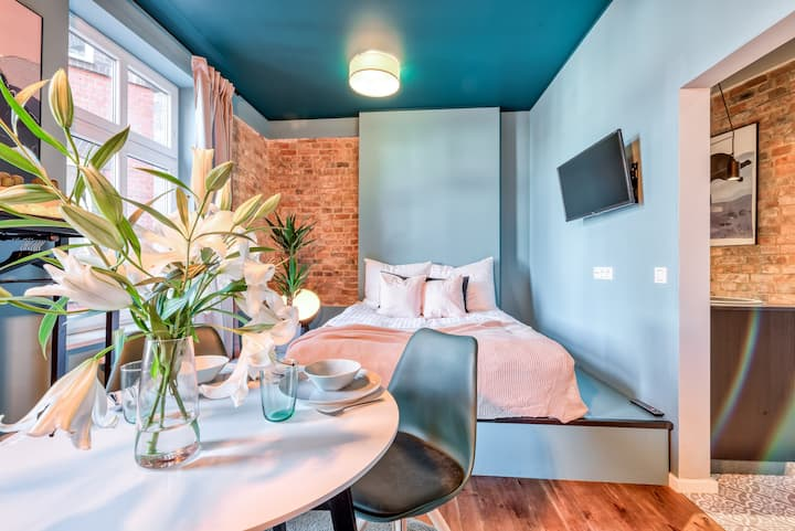 Apartments for 12 people in the center of Poznan