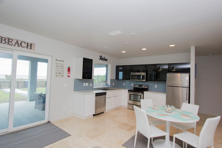 Coquina Ocean Front Lower Unit - Flagler Beach - Apartment