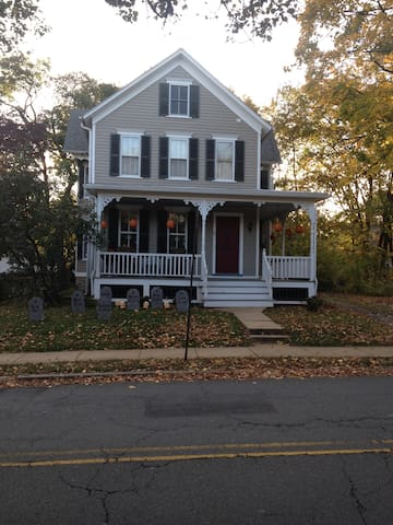 Hopewell Boro Guest House single