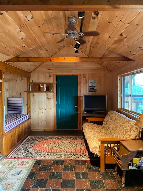 Housekeeping Cottage for Rent Weekly, Northern LG