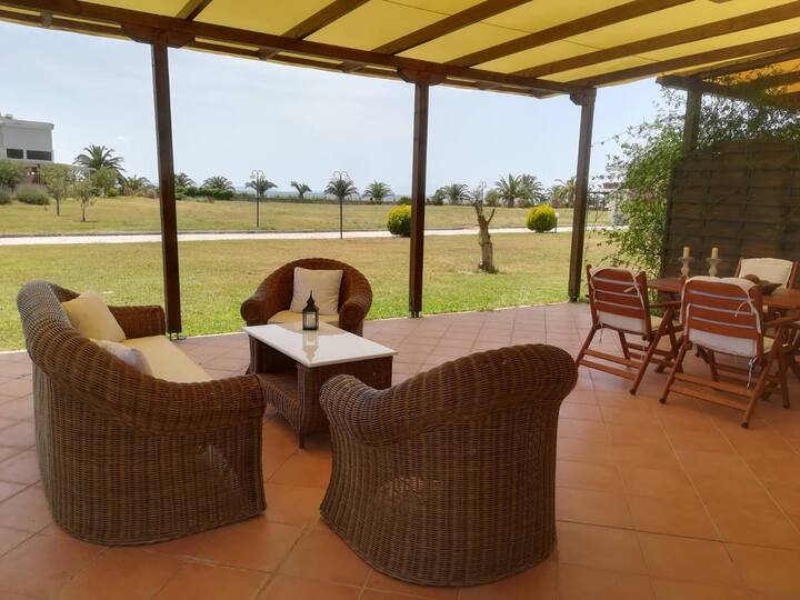 TripotamosSummer Villa, Beachfront Summer-Home