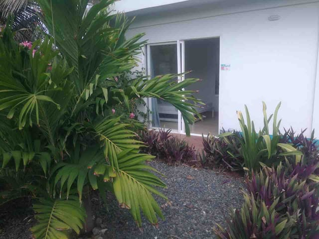 Private entrance.  Ground floor. TROPICAL garden view apartment