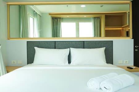 Modern Apartment at Citra Lake Suites