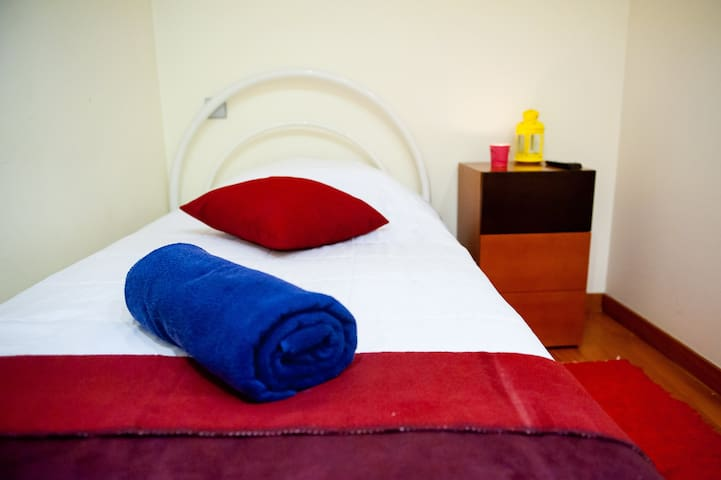Hygge - Single Room in Braga Historic Center
