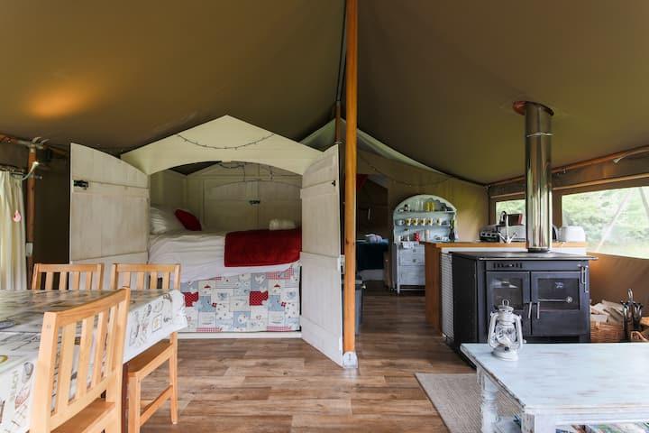 Safari Lodge at Coastal Valley Camp and Crafts