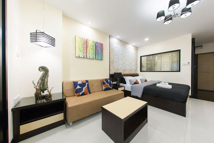 Posh & Elegant Loft in the Heart of Hip Nimman