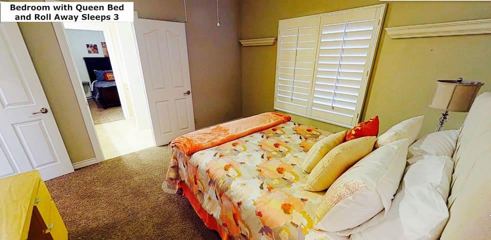 Bedroom 2 Sleeps 3 1 queen and Roll away