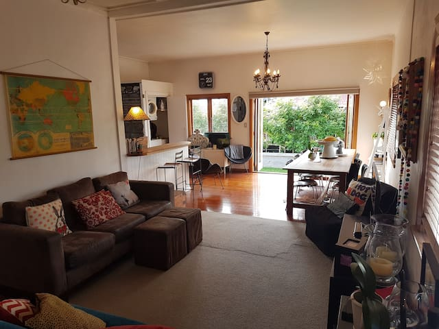 Comfortable 3 Bedroom family home, 4 to 6 guests. - Auckland - Huis